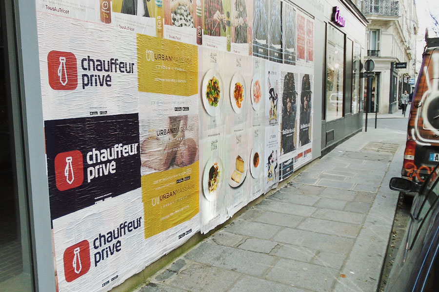 Chaud-Chaud-Chaud-Photo-article-Anolis-street-marketing-affichage-sauvage-Paris-4-Light