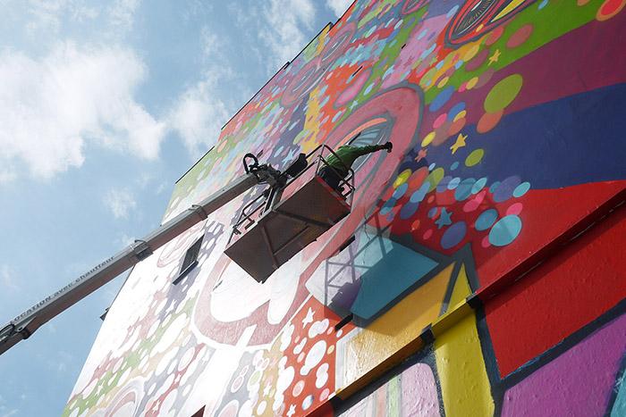 Photos-Article-Anolis-Diesel-DaCruz-make-love-not-walls-20-Light