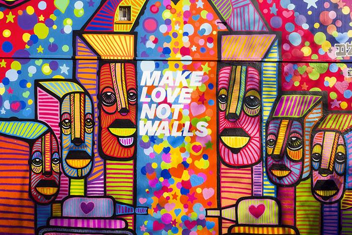 Photos-Article-Anolis-Diesel-DaCruz-make-love-not-walls-7-Light