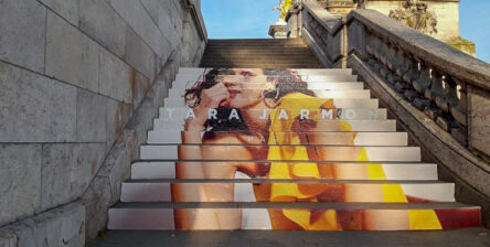 Anolis s'occupe de vos contenus street marketing avec le stair stickering